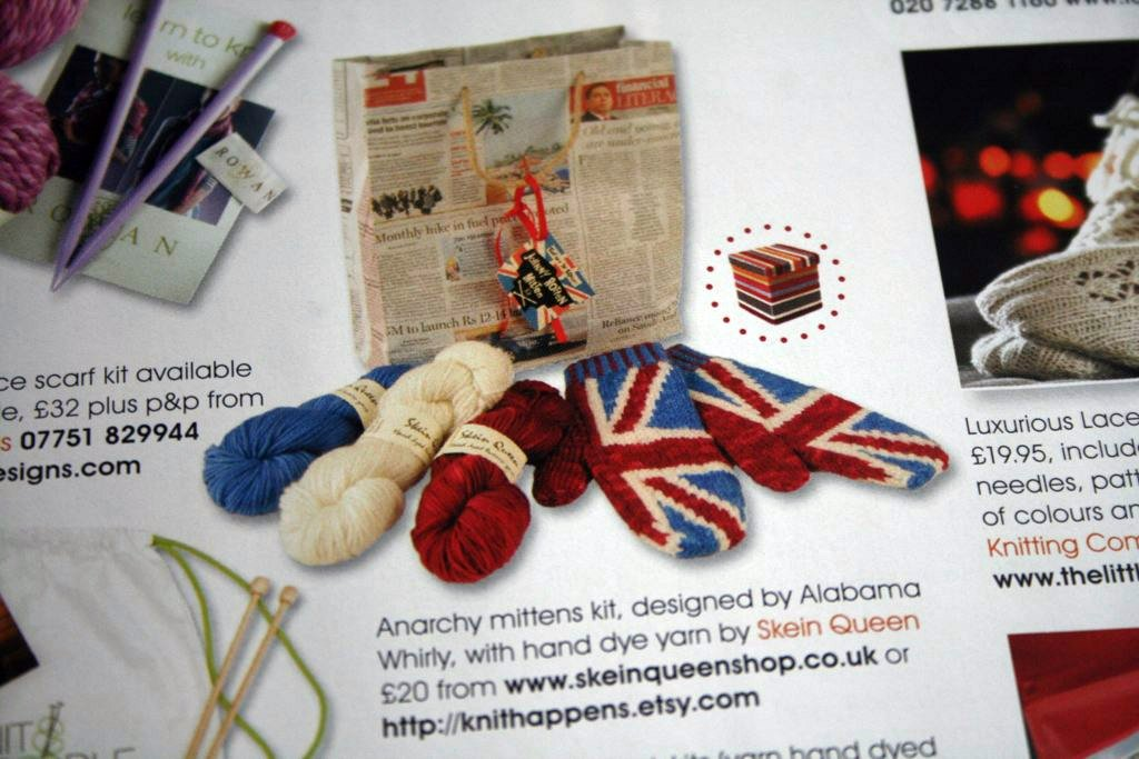 The Essential Christmas Gift Guide, Knitting, Issue 70 December 2009